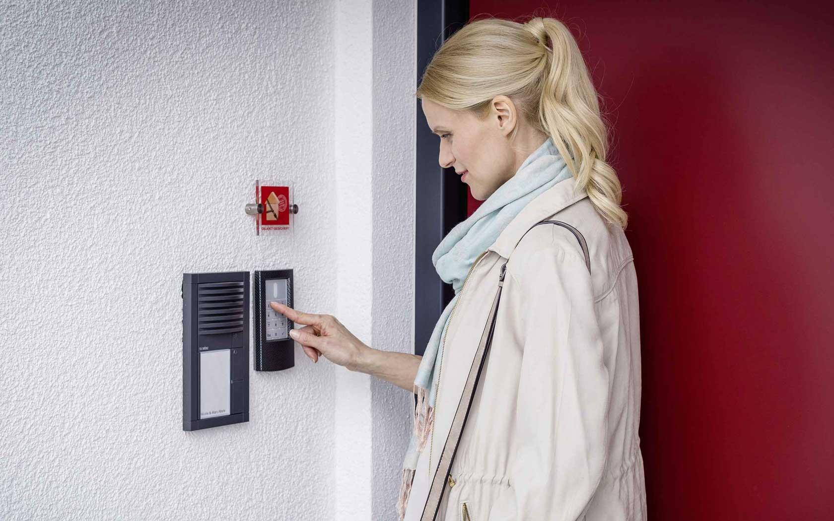 Teldanet GmbH: Smart Home Sicherheit & Wohlfühlen